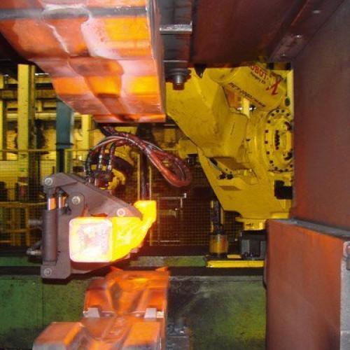 Робот Fanuc M-900iB/700