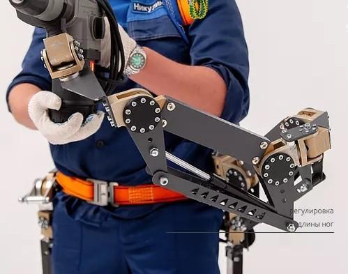Особенности Промышленного экзоскелета ExoHeaver Third Arm