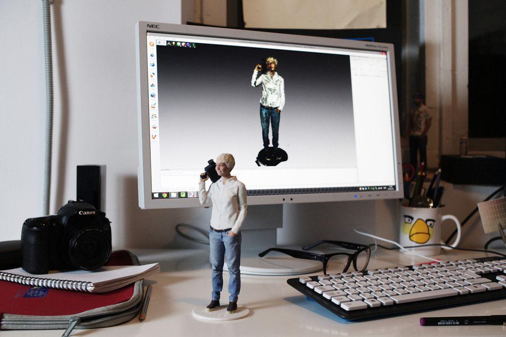 Фигурка человека, распечатанная на 3D-принтере