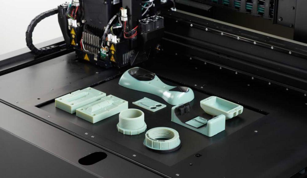 Печать по технологии PolyJet