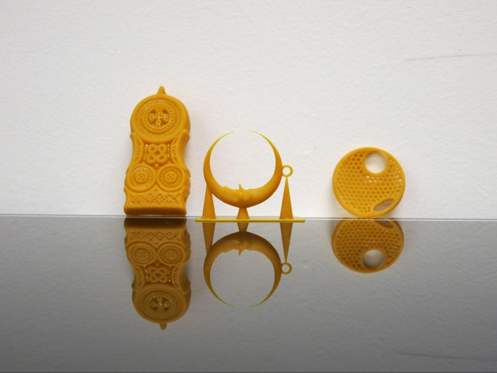 Восковая 3D-печать используется для изготовления выплавляемых мастер-моделей — восковок для литья металлов