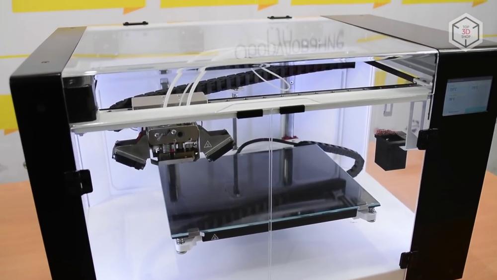 3D-принтер Anisoprint Composer A4 использует кинематическую схему CoreXY
