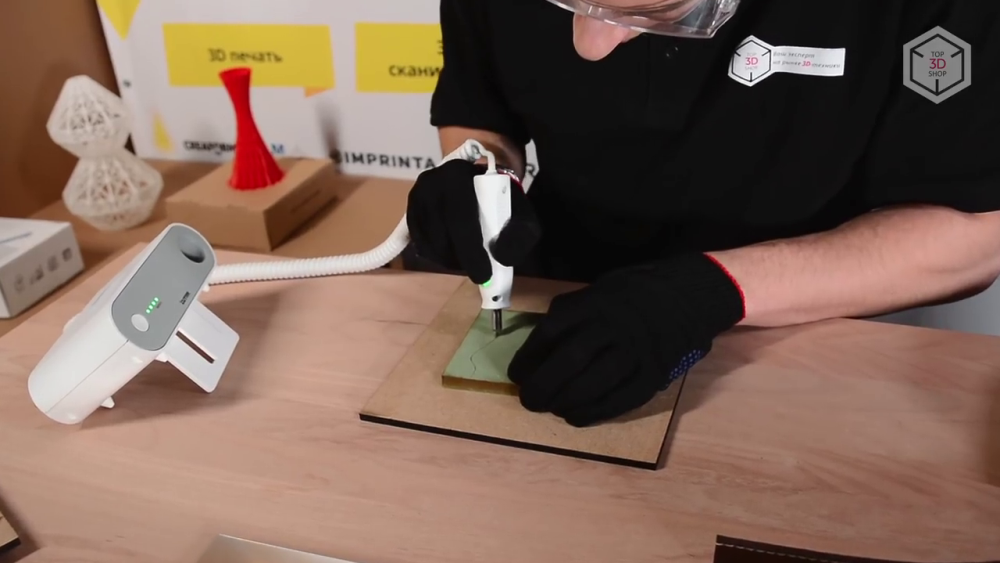 Отлично Wonder Cutter режет пеноматериалы и кожу