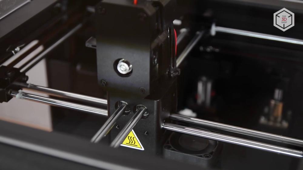 Кинематика 3D-принтера Duplicator 6 позаимствована у голландского Ultimaker