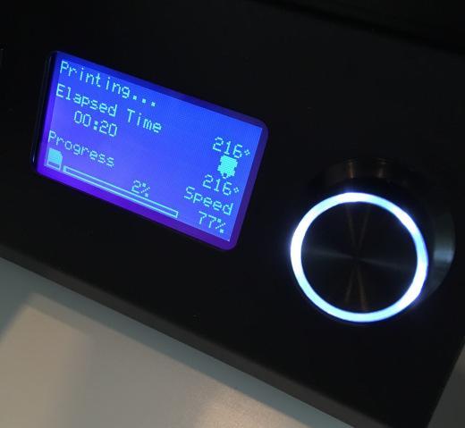 панель управления 3D принтером