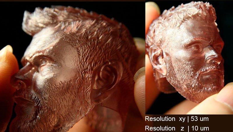 голова человека с эмитацией бронзы сделана с помощью 3D принтера Ванхао gr1